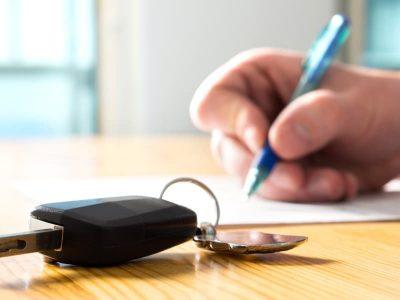 documenti per noleggiare un'auto a lungo termine
