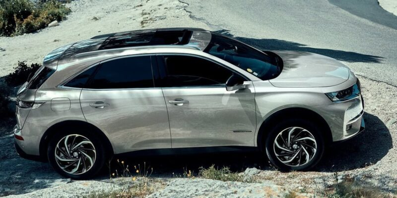 DS 7 crossback un SUV premium spazioso e all'avanguardia