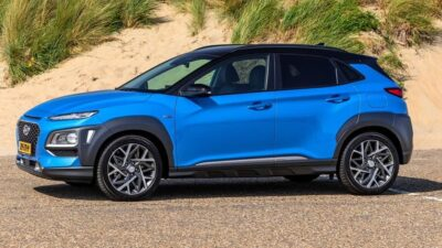 Hyundai Kona Hybrid dimensioni e allestimenti
