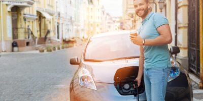 Batteria auto elettrica consigli per farla durare di più