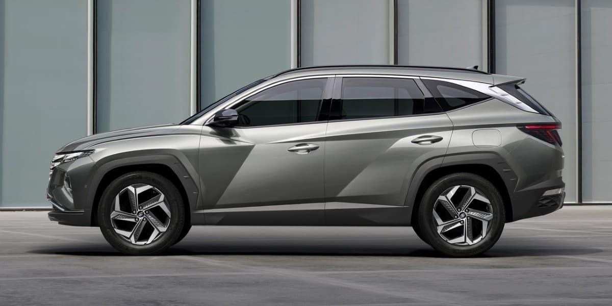 Hyundai Tucson migliori SUV ibridi