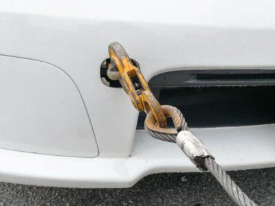 Come trainare auto in caso di emergenza