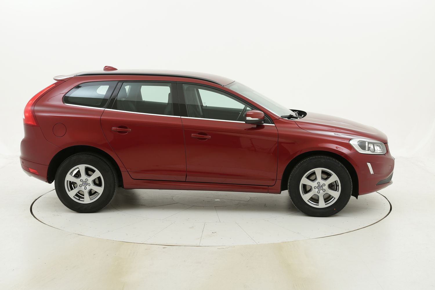 Volvo XC60 D4 Business Plus Geartronic AWD usata del 2017 con 116.139 km