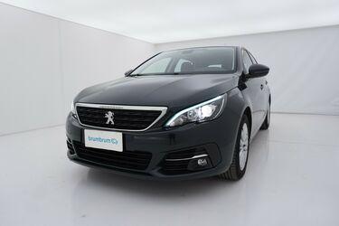 Visione frontale di Peugeot 308
