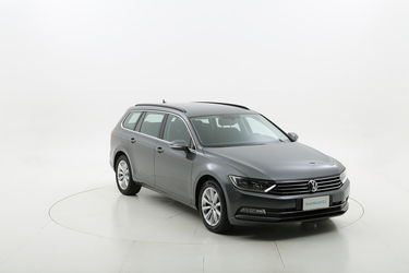 Volkswagen Passat usata del 2015 con 105.792 km
