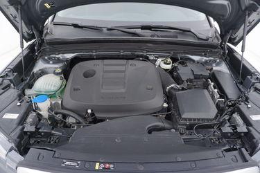 Volvo XC40  Vano motore