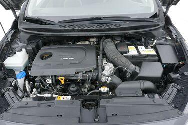 Vano motore di Kia Ceed