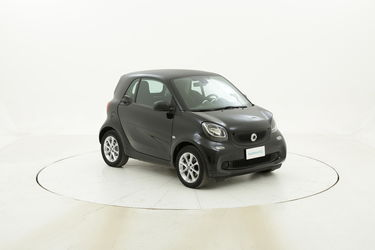 Smart Fortwo Youngster twinamic usata del 2016 con 40.625 km