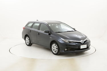 Toyota Auris ST Hybrid Business usata del 2017 con 108.358 km