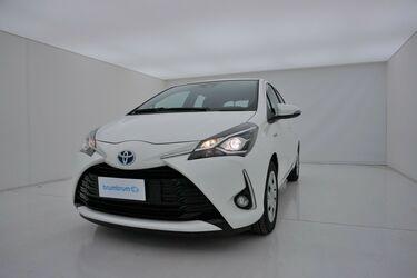 Visione frontale di Toyota Yaris