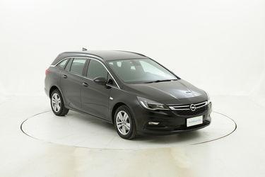Opel Astra usata del 2017 con 101.101 km