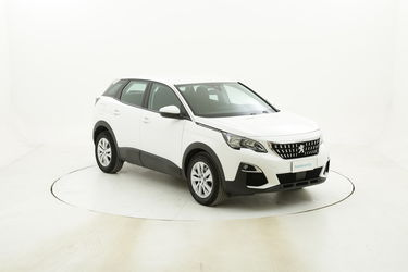 Peugeot 3008 Business EAT8 usata del 2018 con 23.786 km