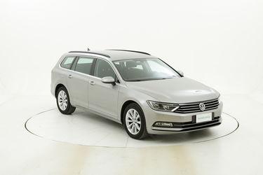 Volkswagen Passat usata del 2017 con 132.526 km
