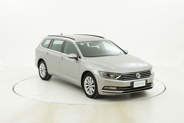 Volkswagen Passat usata del 2016 con 108.287 km