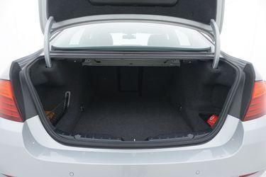 BMW Serie 5  Bagagliaio