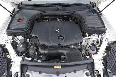 Mercedes GLC  Vano motore