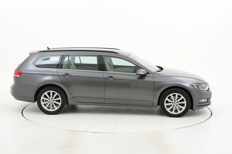 Volkswagen Passat usata del 2017 con 110.974 km