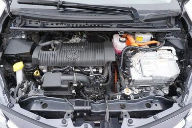 Vano motore di Toyota Yaris