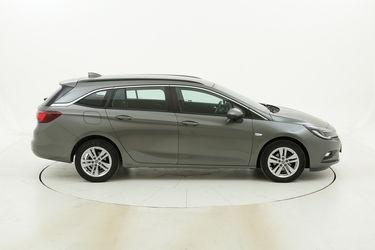 Opel Astra usata del 2017 con 90.766 km