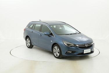Opel Astra ST Business Aut. usata del 2017 con 87.050 km