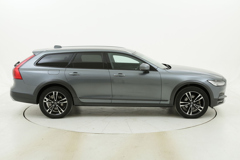 Volvo V90 Cross Country Cross Country D4 AWD Geartronic Pro usata del 2018 con 26.790 km