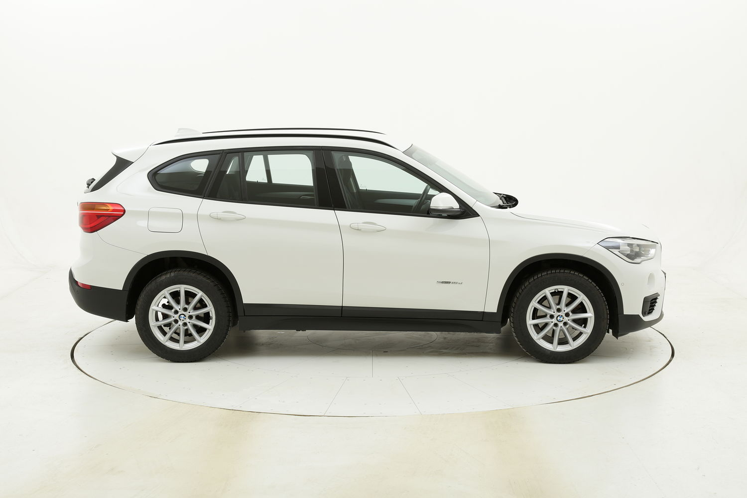 BMW X1 18d sDrive Business aut. usata del 2017 con 112.169 km