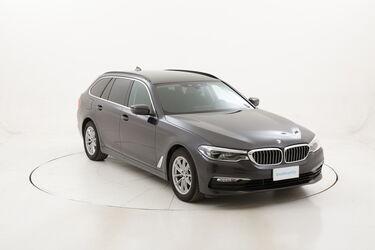BMW Serie 5 520d Touring Business Aut. usata del 2017 con 97.956 km