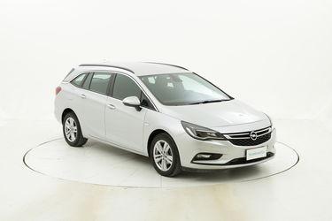 Opel Astra usata del 2017 con 66.420 km