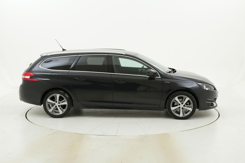 Peugeot 308 usata del 2017 con 131.966 km