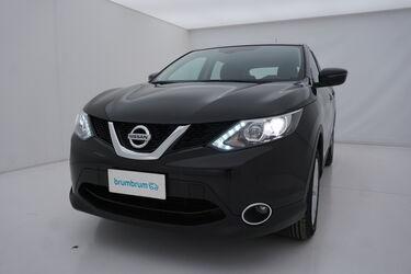 Visione frontale di Nissan Qashqai