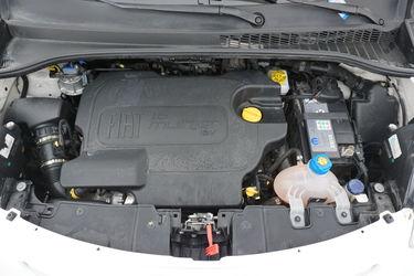 Fiat 500L  Vano motore