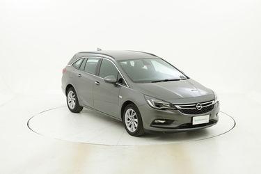 Opel Astra usata del 2018 con 60.908 km