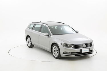 Volkswagen Passat usata del 2015 con 123.195 km