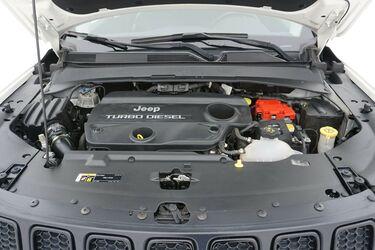 Vano motore di Jeep Compass