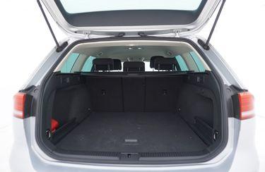 Volkswagen Passat  Bagagliaio
