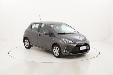 Toyota Yaris Hybrid Business usata del 2020 con 20.860 km