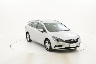 Opel Astra usata del 2017 con 124.395 km