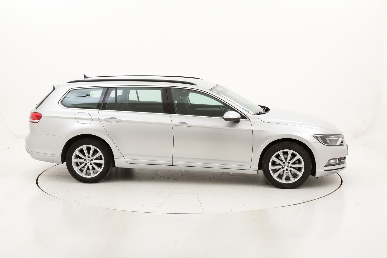 Volkswagen Passat Variant Business DSG usata del 2018 con 117.267 km