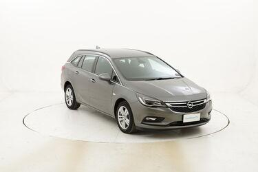 Opel Astra ST Business Aut. usata del 2017 con 116.255 km