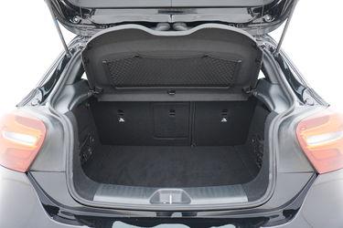 Bagagliaio di Mercedes Classe A