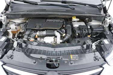 Vano motore di Opel Crossland