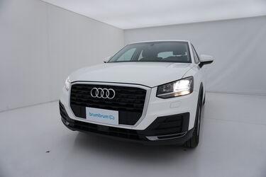 Visione frontale di Audi Q2