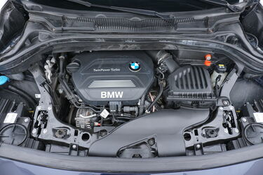 Vano motore di BMW Serie 2 Active Tourer