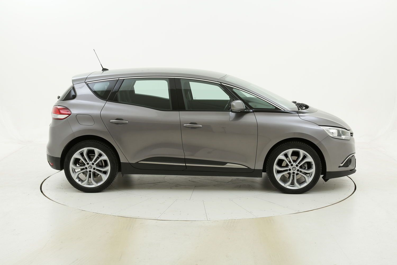 Renault Scénic Energy Zen usata del 2018 con 69.619 km