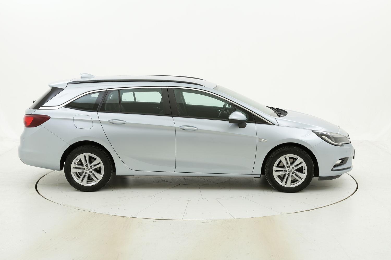 Opel Astra ST Business Aut. usata del 2017 con 118.749 km