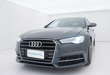 Visione frontale di Audi A6
