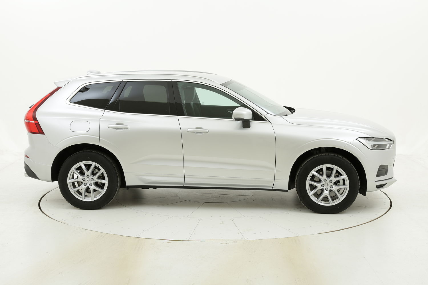 Volvo XC60 D4 Geartronic Business Plus km 0 diesel grigia