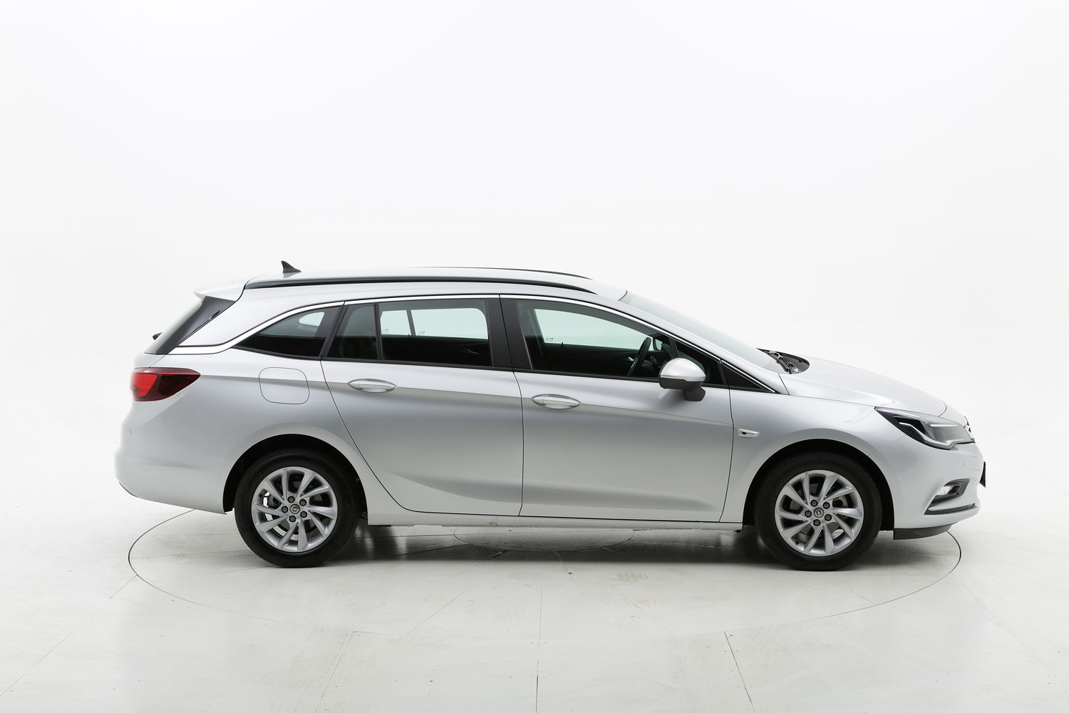 Opel Astra ST Business km 0 diesel argento
