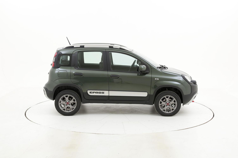 Fiat Panda ibrido benzina verde scura a noleggio a lungo termine