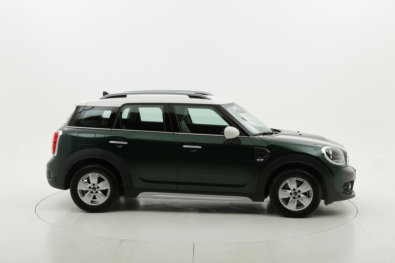 Mini Countryman diesel verde scura a noleggio a lungo termine